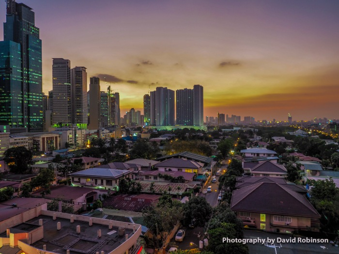 Sunset over Makiti Philippines financieal and residential deistricts.